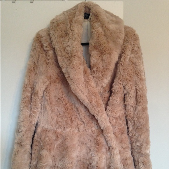 dddf4fc39 Free People Jackets & Blazers - Free People Swingy Faux Fur Coat Furry  Nordstrom